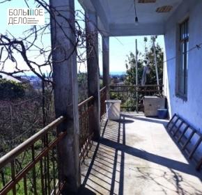 2-этажный дом-до ул.Эшба и 17школы- 500м